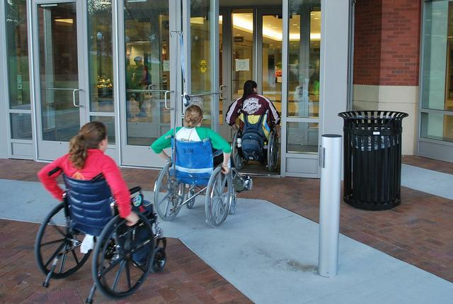 Accessibility around Harper Center for Student Life and Learning