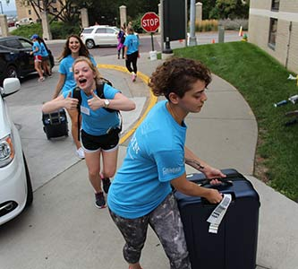 We Like to Move In, Move In: University's Move-In a vital part of starting year right
